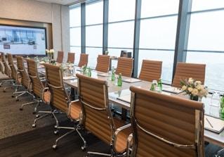 CEO SUITE - Parnas Tower image 2