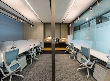 CEO SUITE - Parnas Tower image 5