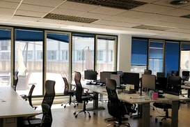 Oficina Luminosa Les Corts, El Prat de Llobregat