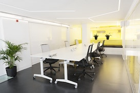 Start2bee Coworking & Events Spaces, Castelldefels