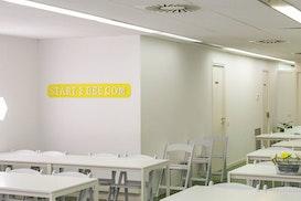 Start2bee Travessera / Lesseps, Barcelona