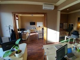 Sunny 5 Desk Office Near Diagonal, Barcelona