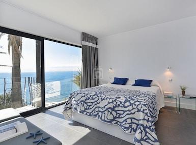 Seaside Suite over Ocean image 4