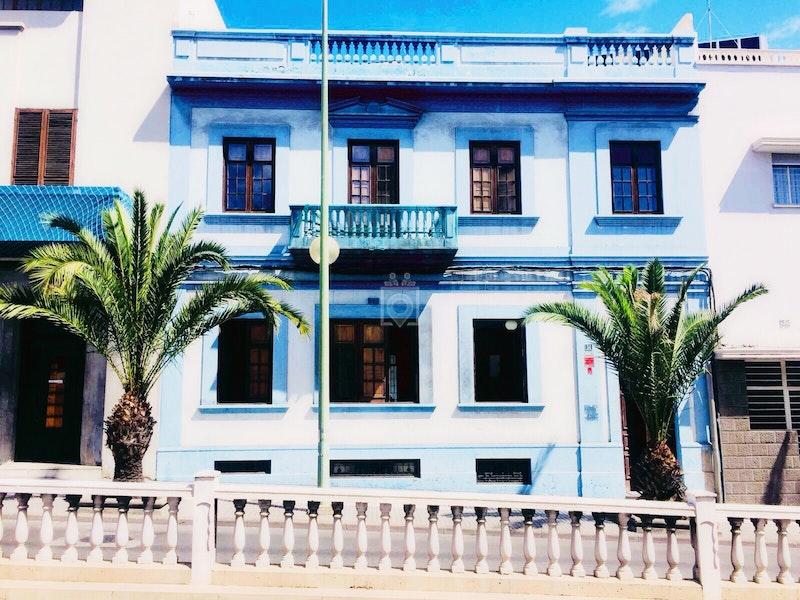 The House, Las Palmas