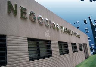 Centro Negocios Pasillo Verde image 2