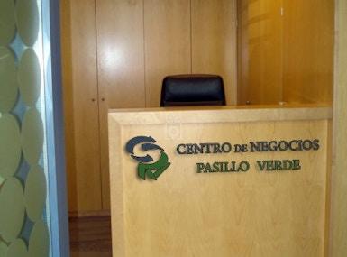Centro Negocios Pasillo Verde image 4