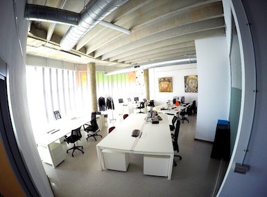 Atic Coworking Business Center image 3