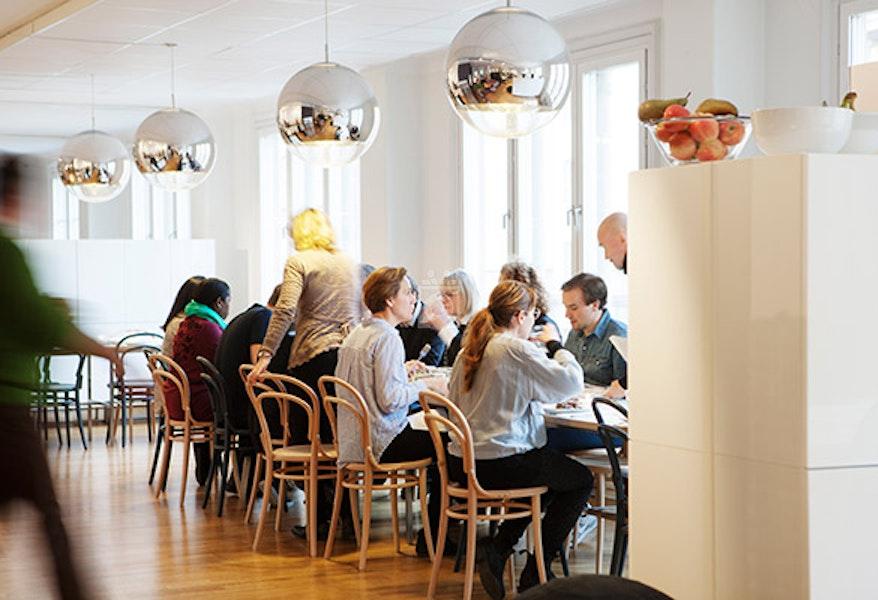 Pluralis AB, Stockholm