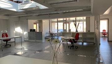 Stabile Commerciale Ai Prati - ufficiolugano coworking image 1