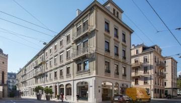 Signature - Quartier des Banques image 1