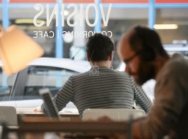 Voisins - Coworking | Café image 3