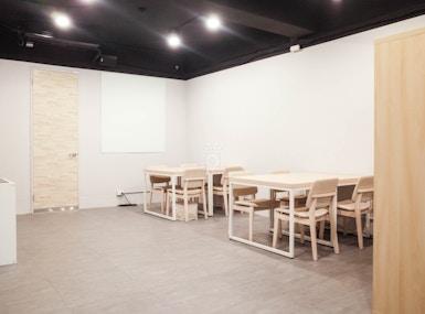 Maven Coworking Cafe image 4