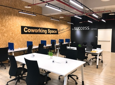 STOREASY COWORKING SPACE (XINYI STORE) image 4