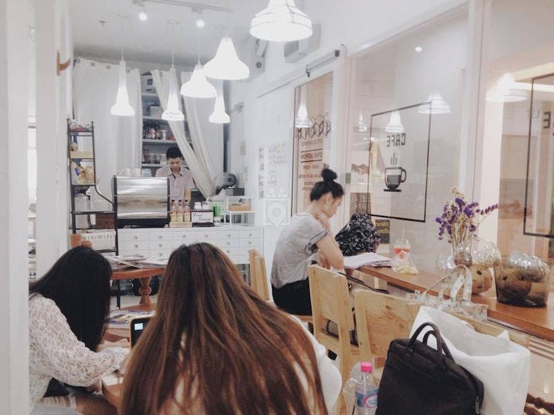 Joint Cafe & Workspace, Bangkok