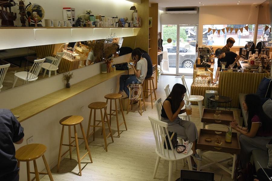 Lazy Mary Coffee, Bangkok