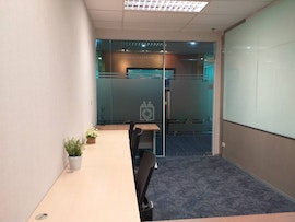 Linuxx Serviced Office - Emporium Tower, Phrom Pong Branch, Bangkok