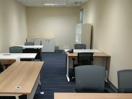 Linuxx Serviced Office - Sermmit Tower, Asoke Branch, Bangkok