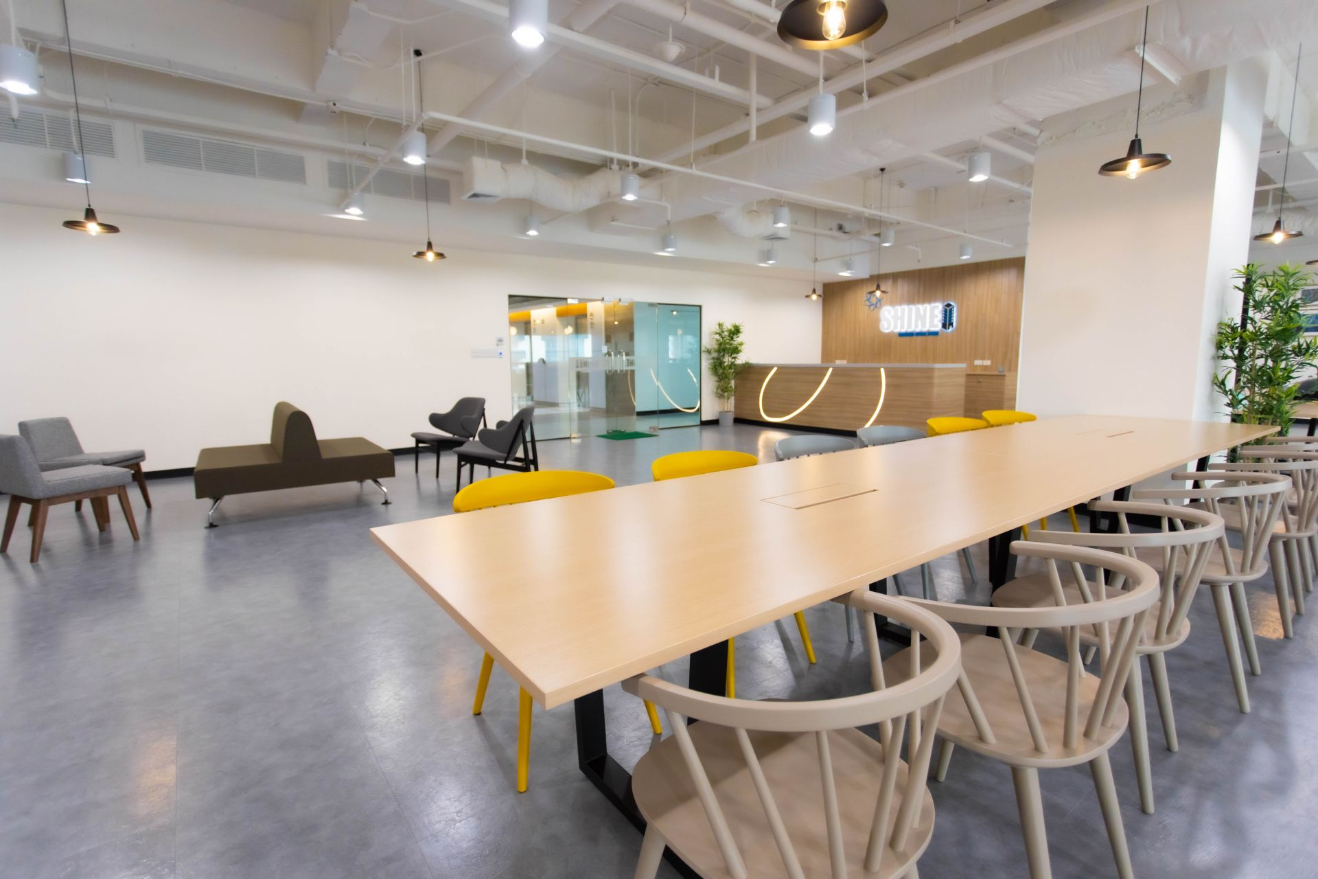 Shinei Serviced Office Space & Coworking, Bangkok