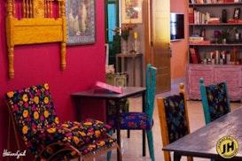 Jasmine Hall, Tunis
