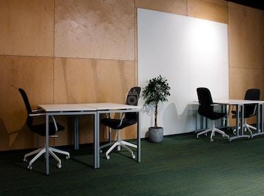 Business Hub image 3