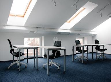 Business Hub image 5
