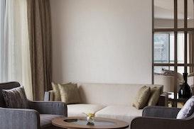 Witwork @Club Lounge Pearl Rotana, Abu Dhabi