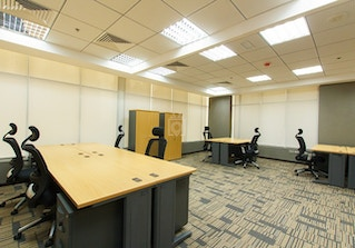 A Professional Space in the Business Hub of Dubai image 2