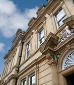 Malik House Manor Row profile image