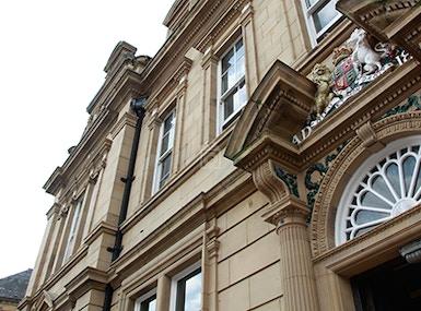 Malik House Oakwood Court image 4
