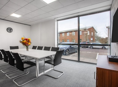 Regus - High Wycombe, Stokenchurch Business Park image 4