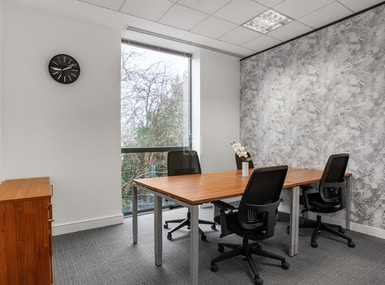 Regus - High Wycombe, Stokenchurch Business Park image 3