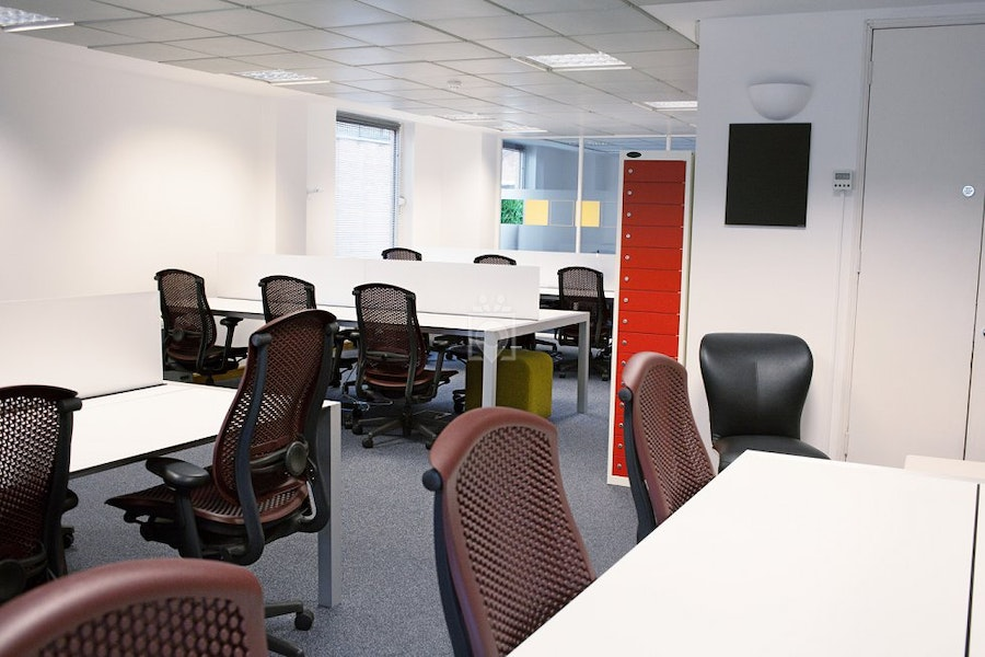 eOffice - Piccadilly, London