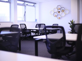 Worker Bee Offices, London