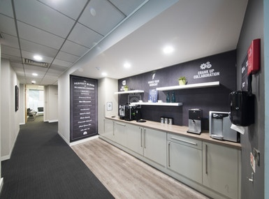 Regus - Manchester Fountain Street image 5