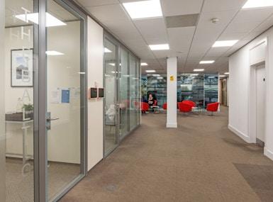 Qora Offices (Q16) image 3
