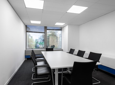 Regus - Potters Bar High Street image 4