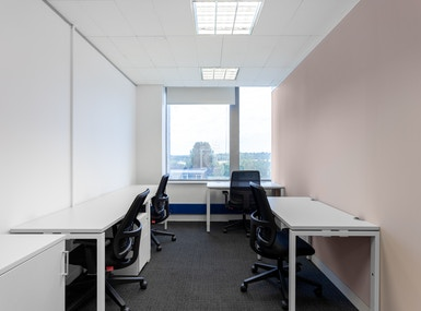 Regus - Potters Bar High Street image 5