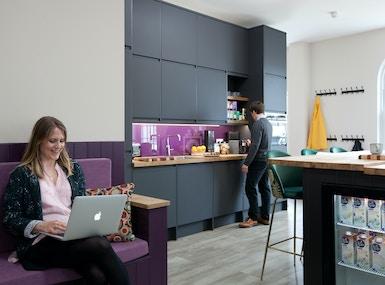 Purple® Office image 5