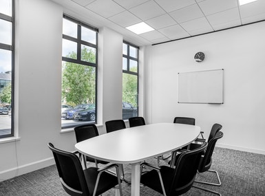 Regus - Staines, Rourke House image 4