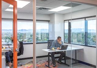 Novel Coworking Phoenix Midtown image 2
