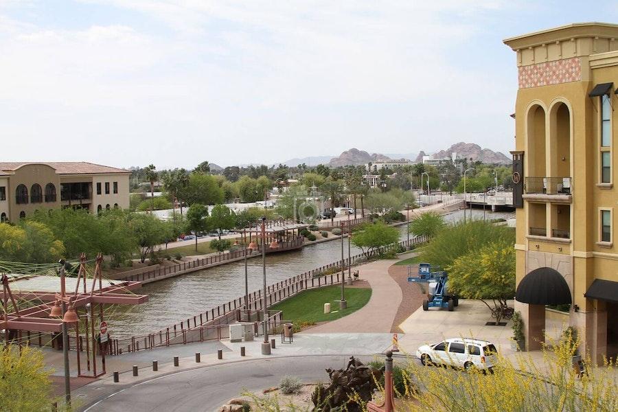Cross Campus Scottsdale, Scottsdale