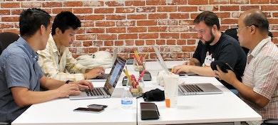 Pro Desk Space