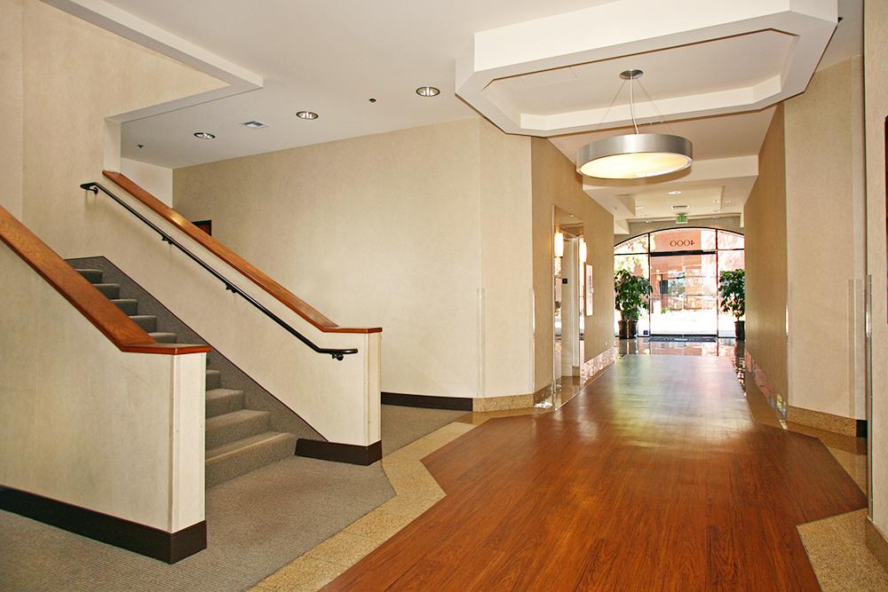 Premier - Centerstone Plaza, Irvine