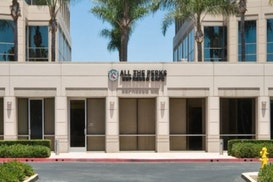 Premier - Palm Court, Fountain Valley