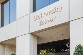 Premier - University Tower, Lake Forest