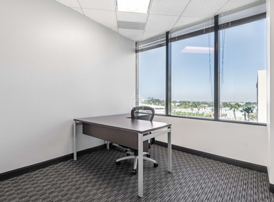 Regus - California, Irvine - Oracle Tower image 3