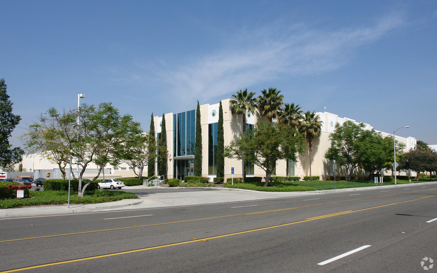 Cubework-Chino, Los Angeles