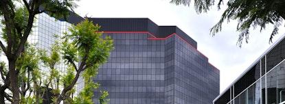 Premier - Warner Center Towers