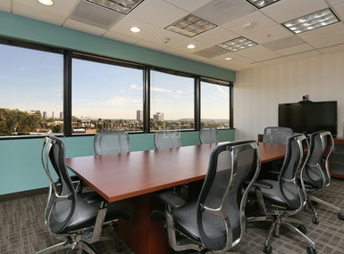 Regus - California, Los Angeles - Wells Fargo image 4