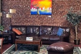 Myrtle Tree Cowork Cafe, Pasadena
